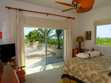 BEACHFRONT! Longboat Key Beach Vacation Rental with Pool