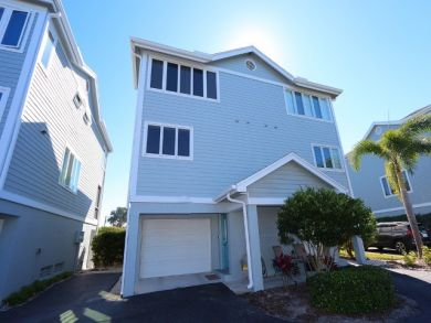 Longboat Key Bayside Townhome Close to the Beaches Sleeps 4
