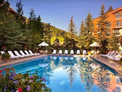 Vail rental condo with community pool