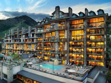 Penthouse Vail Ski Condo Luxury 4 Bedrooms 150 Yards lift
