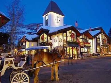 Horse & Buggy in Vail Village
