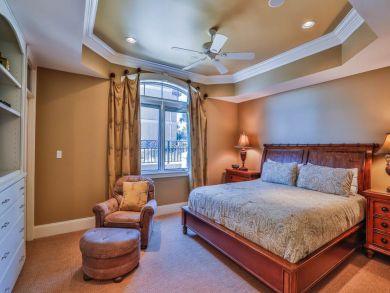 King Bed in Third Bedroom