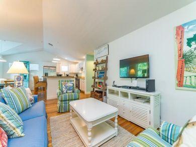 Luxury Anna Maria Island Vacation Rental with Three Bedrooms