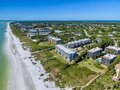 Boutique Beach Complex on Sanibel Island