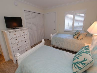 Twin Beds in Second Bedroom