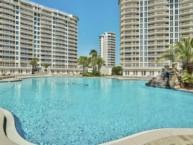 Luxurious Three Bedroom Destin Vacation Condo - Gulf Views