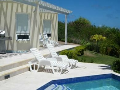Poolside sun loungers & BBQ grill