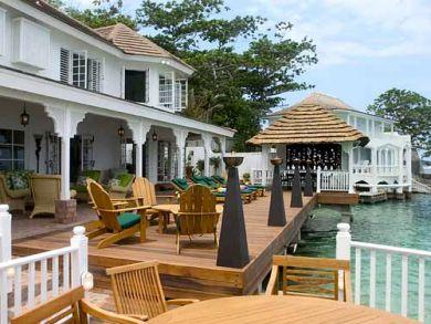 Ocean front luxury home in Jamaica