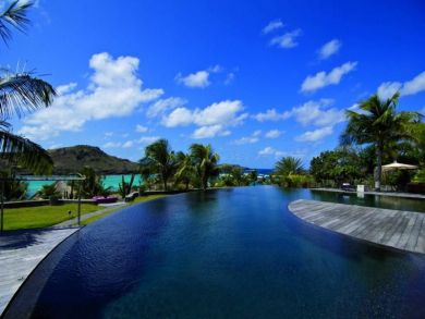 Beach front villa with pool in Petit Cul de Sac, St Barts