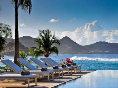 Ocean front villa with heated pool in Lorient Hillside, St Barts