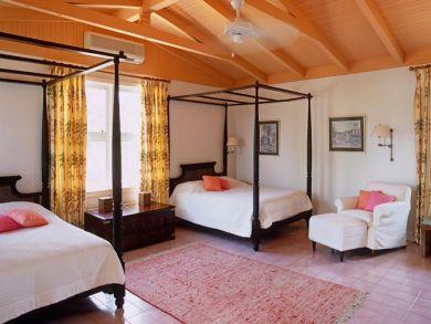 Bedroom 2 with queen beds