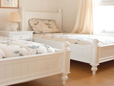 Bedroom 6 with double beds