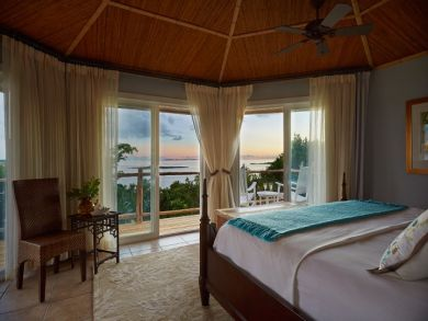 Bahamas One Bedroom Luxury Beach Home