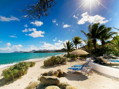 Cozy home for two on beach in St Martin