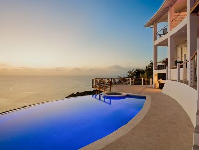 Wonderful ocean view home with infinity pool in St Lucia