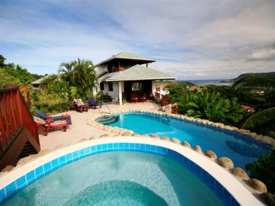 St Lucia vacation home with pool & hot tub