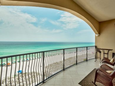Four Bedroom Direct Beach Front Condo Sleeps 10 Guests