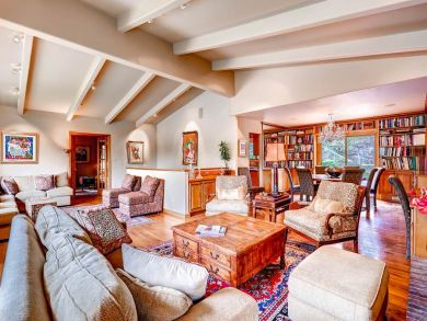 Over 5,000 sq ft of Luxury Living Sleeps 18 Club Access