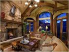 Mountain View Living Area