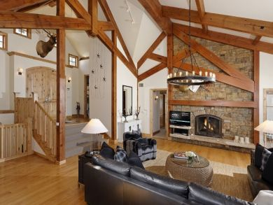 A luxury Ski Retreat with Five Bedrooms and a Great Interior