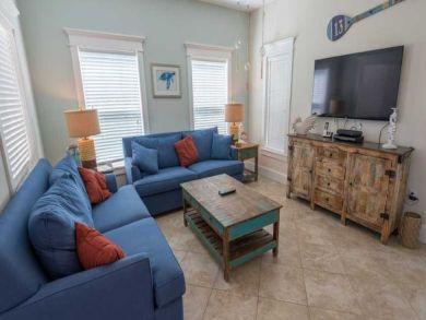 Anna Maria Island 4 Bedroom Vacation Rental Sleeps 12 Guests