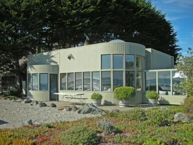 Ocean Front Home for Rent in Stinson Beach, California