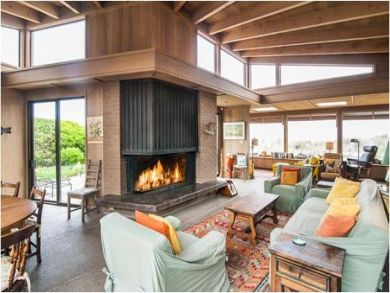 Open Living Space with Fireplace