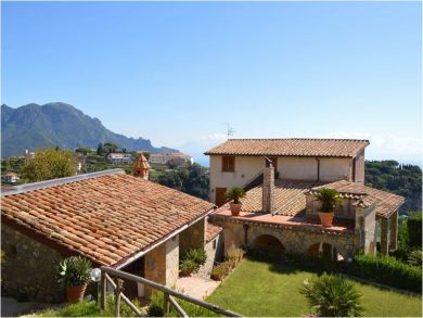 Attractive Old-World-Style Villa with Spectacular Views in Scala, Salerno, Italy