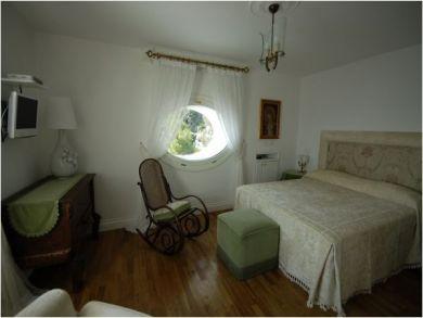 Master Bedroom - Queen Bedroom
