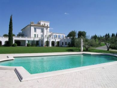 Luxury Vacation Country Villa with Pool in Bracciano Lake, Rome, Italy