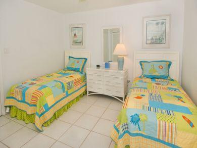 Twin Beds in Guest Bedroom