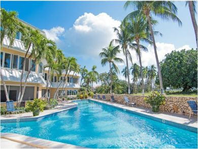 Sea View Rental Apartment in Seven Mile Beach, Grand Cayman, Cayman Islands