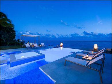 Cayman Island Luxury Vacation Villa with 6 Bedrooms