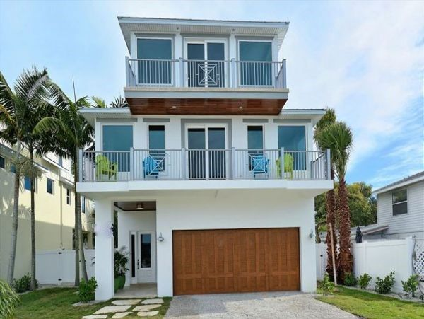 Anna Maria Luxury Rental With Gulf Views And Pool