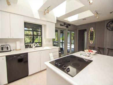 Stunning Sanibel Rental Property Sleeps up to 10 Guests