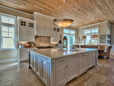 The Most Stunning Eight Bedrooms Vacation Home in Destin