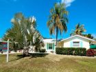 Holmes Beach Anna Maria Luxury Vacation Home 2/3 Bedrooms
