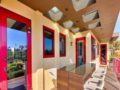 Six Bedroom La Jolla Vacation Home- Beach House