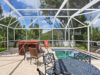 Longboat Key Vacation Pool Home 3 Bedrooms Sleeps 6 Guests