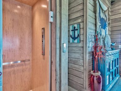 Gulf Front Luxury 7 Bedroom Destin Coastal Vacation Home