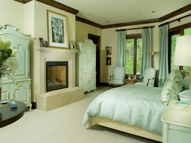 King Bedroom with Fireplace