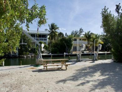 Seven Bedroom Beach Rental Islamorada OCEANFRONT!