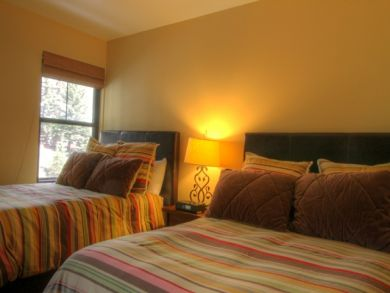 Lionshead Luxury Three Bedroom Village Rental  Walk to Lift