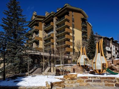 Posh Three Bedroom Ski Condo Sleeps 10 Guests