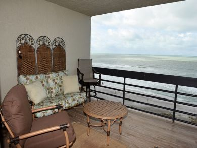 Longboat Key Luxury Penthouse Full Gulf Views - 2 Bedrooms