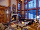 Luxury Living Room with Firepalce