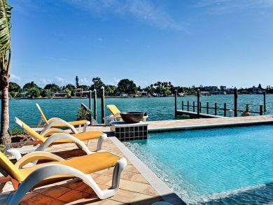 Treasure Island Luxury Condo with boat dock