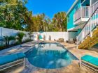 Siesta Key luxury vacation home with pool