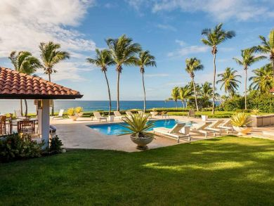 Four Bedroom villa with Ocean Views a Rare Gem!