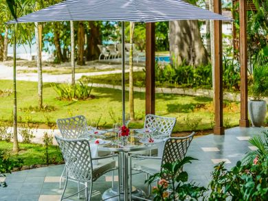Negril Luxury Three Bedroom Stunning Beach Villa, Staff